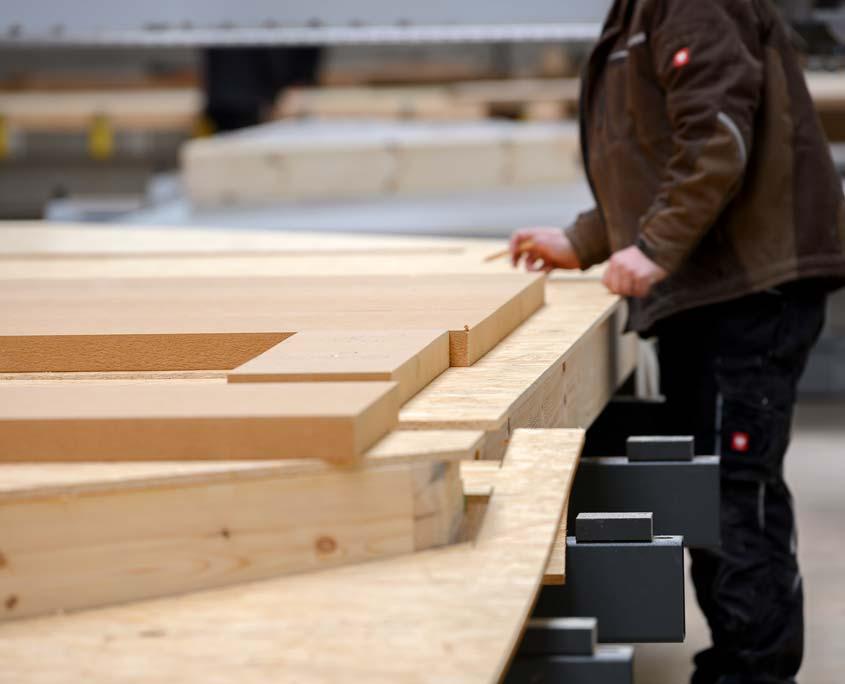 Produktion eines Holz-Fertighauses