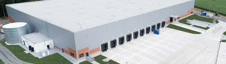 Neugebaute Logistikhalle der Ziegler Group