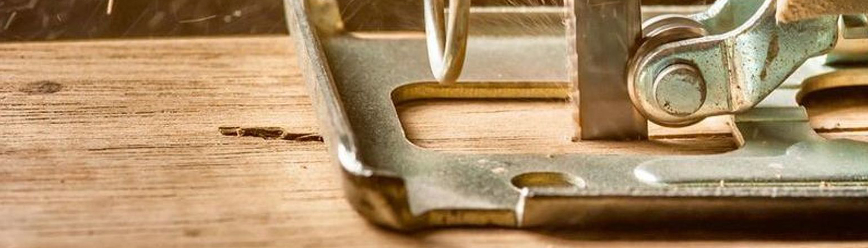 Zuschnitt von Holz